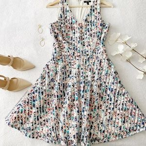 NWOT Spring Fit and Flare Dress w/Pockets